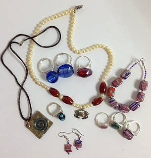 Handmade Jewelry For Charity - 17 best images about diy jewelry charity drive get