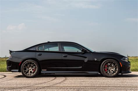 Hennessey's 852 hp Dodge Charger Hellcat Attacks Dyno