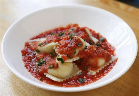 Handmade Ravioli Recipe - go vegan meow ravioli with tofu ricotta