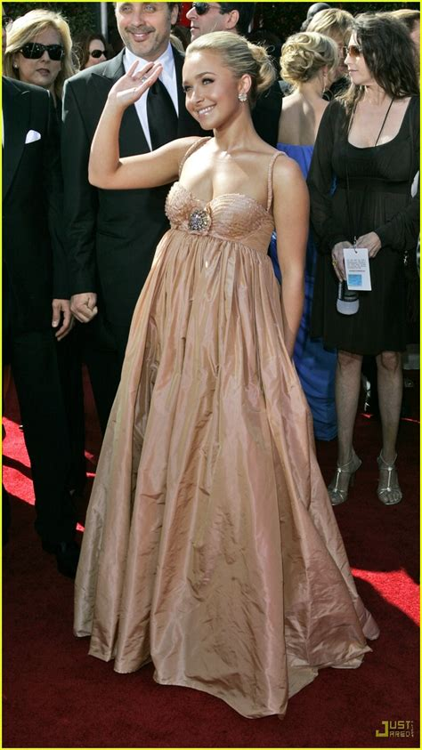 59th Emmy Awards Carpet Hayden Panettiere by Hayden Panettiere Emmys 2007 Photo 591481 Emmy Awards