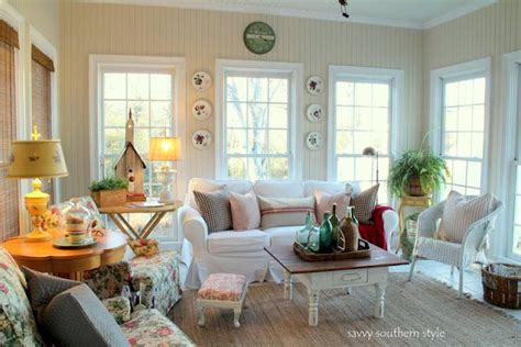 southern style home decor sun room paint colors white sand and chantilly lace by