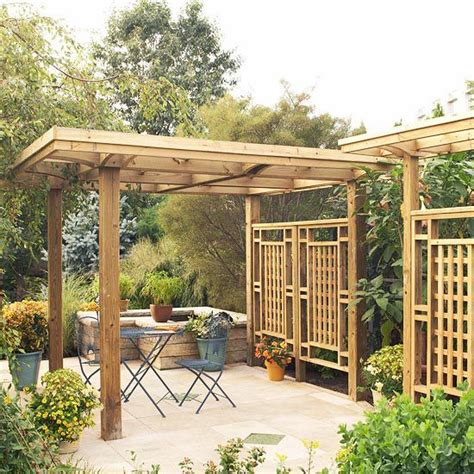 Pergola Privacy Screens by How To Build An Outdoor Privacy Screen With Lattice Wood