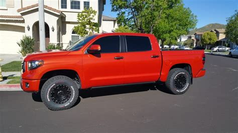 pros  toyota tundra crewmax wd