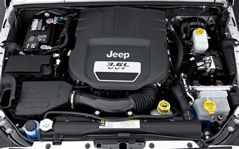 What Of Engine Does A Jeep Wrangler 2012 Jeep Wrangler Unlimited Engine View Photo 42