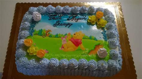 bagna per pan di spagna bambini una tenera torta di compleanno alla panna con winnie the