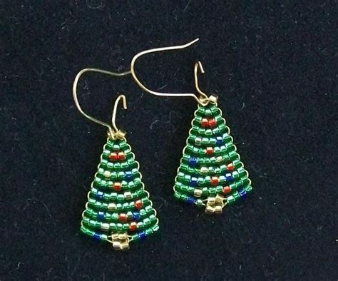 beaded christmas tree earrings by earringsbyjudy on etsy