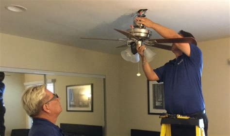 ceiling fan installation phoenix the benefits of ceiling fan installation with serviz