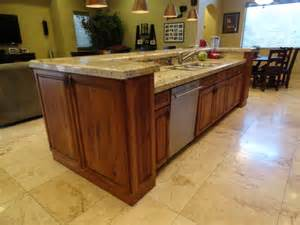 Kitchen Island With Sink And Dishwasher Kitchen Family Room 371 S Equestrian Ct