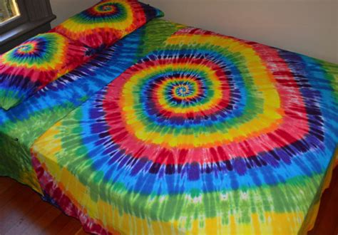 psychedelic bedding 301 moved permanently