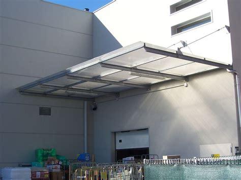 tettoie per porte pensiline in plexiglass tettoie e pensiline