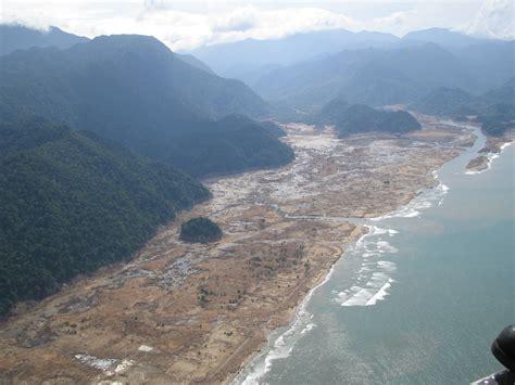 Sk Ii Di Aceh file tsunami 2004 aftermath aceh indonesia 2005 photo