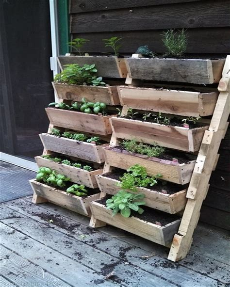 Pallet Planters by 15 Recycled Pallet Planter Ideas For A Unique Garden