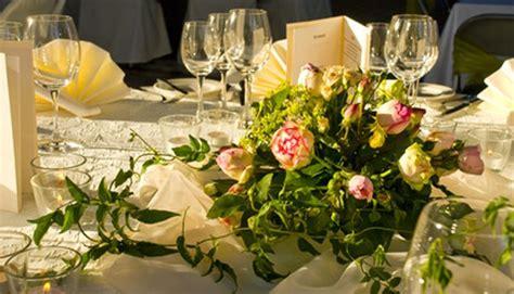 Tischdekoration Goldene Hochzeit by Tischdekoration F 252 R Eine Goldene Hochzeit Gutekueche At