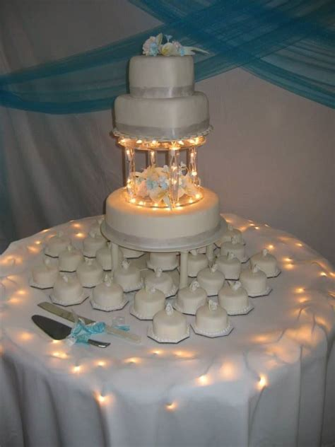 3c S Catering Light Up Wedding Cake Wedding Cakes Light Cakes