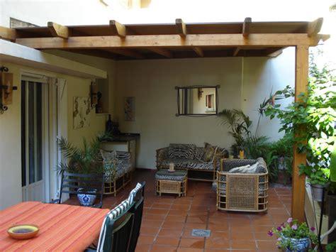 costruire una tettoia addossata tettoia di legno come costruire un pergolato