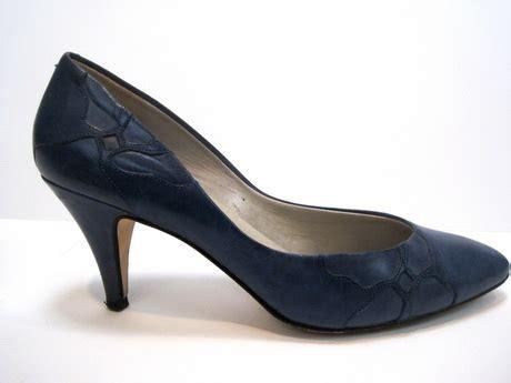 navy blue high heel pumps navy blue high heels
