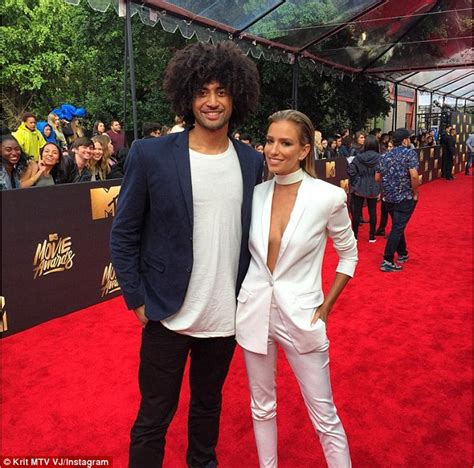 Guess Which Mtv Awards Presenter This Pair Of Stunners Belong To The Great Gam And The Gorgeous Studded Clutch by 2016 Mtv Awards Renee Bargh Flaunts Cleavage In