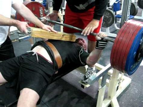 2 board bench press jeff snyder bench press 705 x 2 off 2 board youtube