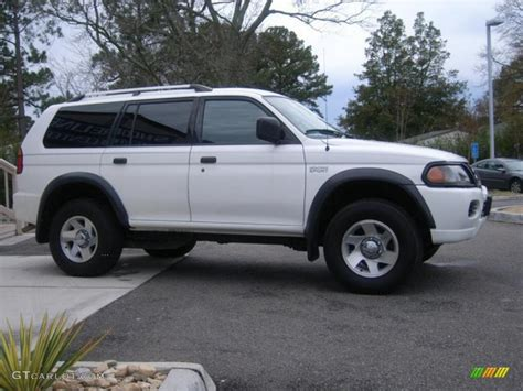 2004 Mitsubishi Montero Sport Information And Photos