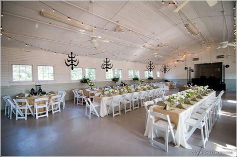 Dairy Barn Fort Mill Sc  Ee  Wedding Ee   Photos J Jones