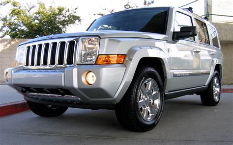 2010 jeep commander silver 2009 jeep commander silver 200 interior and exterior images