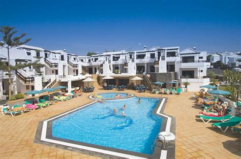 lanzarote appartments club oceano apartments puerto del carmen lanzarote canary islands book club oceano