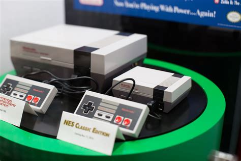 112 nintendo nes mini vs we just saw nintendo s nes classic in person and it is glorious the verge