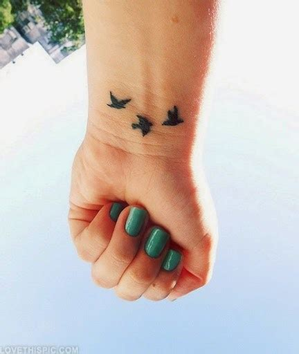 top 55 cute and attractive wrist tattoo designs tattoos me