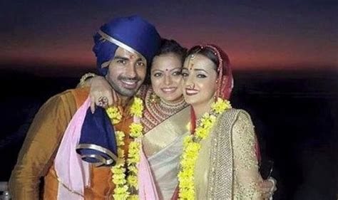 goa biography in hindi sanaya irani and mohit sehgal married see wedding and