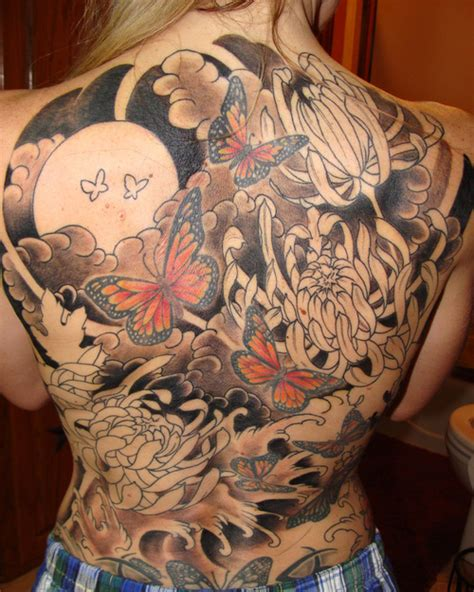butterfly tattoo japanese japanese color butterfly tattoo on back tattooshunt com