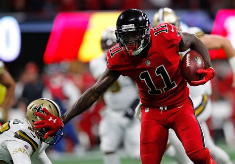 new orleans saints vs atlanta falcons buccaneers atlanta falcons players to watch in week 15