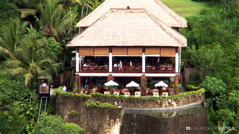 ubud hanging gardens balinese inspiration and healing at hanging gardens hotel