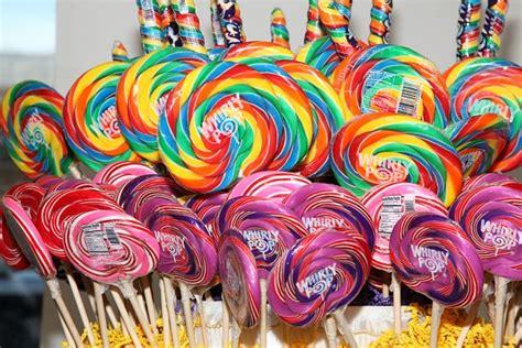 Dispenser Permen wholesale lollipops suckers gourmet pops bulk novelty pops