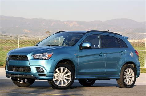mitsubishi outlander sport mitsubishi recalling 2011 outlander sport over panoramic