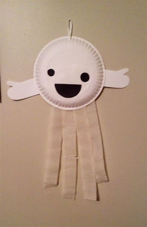 Paper Plate Ghost Craft - paper plate ghost preschool craft fall