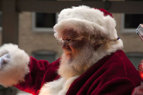 imagenes santa claus real which locations are traditionally santa s home i e