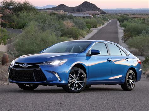 Blue Toyota Camry Ratings And Review 2017 Toyota Camry Ny Daily News