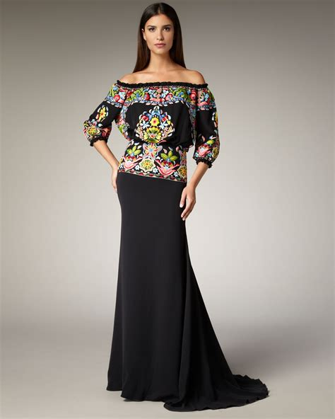 mexican themed clothing party naeem khan fiesta thread work gown in black lyst