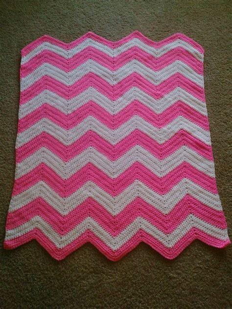 chevron pattern in crochet crochet chevron crib baby toddler blanket pattern yarn