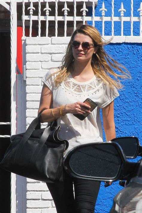 Mischa Barton Pics Now With Tights by Mischa Barton In Tights At The Dwts 04 Gotceleb