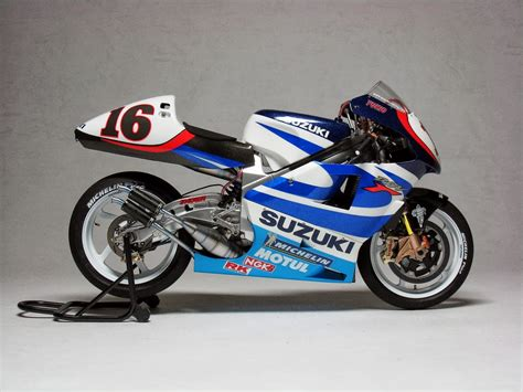 Suzuki Rgv500 Racing Scale Models Suzuki Rgv 500 γ Xr89 Y Kagayama 1999