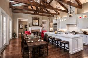 farmhouse kitchen design pictures 10 warm farmhouse kitchen designs youramazingplaces com