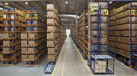 warehouse employees safe smallbizblog
