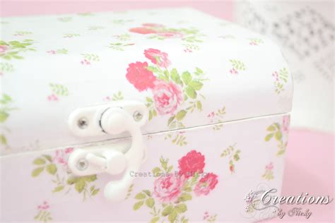 tutorial decoupage shabby chic tutorial decoupage e shabby chic su scatola di metallo
