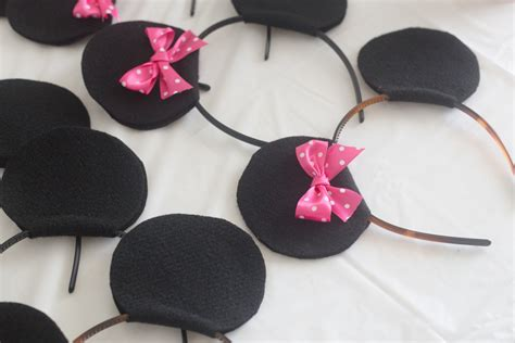 Kid Mickey Ribbon Pink mickey and minnie playdate made to be a momma
