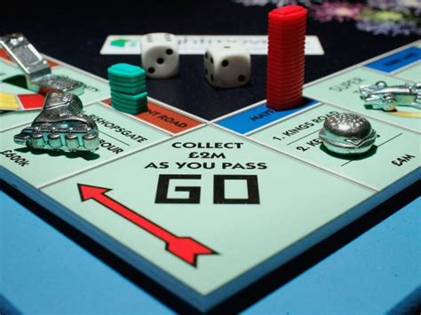 how do you buy houses in monopoly how to win at monopoly according the uk s newly crowned
