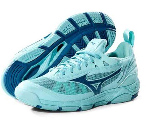 Merk Sepatu Warrior Yang Bagus rekomendasi merk sepatu basket yang bagus dengan harga