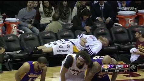 chris kaman bench la lakers bench reaches epic level of emptiness photo