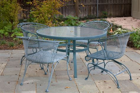 Wrought Iron Patio Furniture Steps To Clean Algae From Wrought Iron Outdoor Furniture
