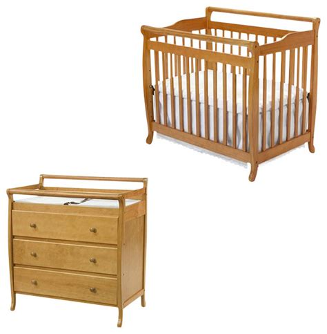 Mini Crib With Changing Table Davinci Emily Mini 2 In 1 Convertible Wood Baby Crib Set With Changing Table In Transitional